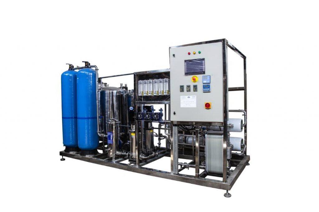 دستگاه تصفیه آب صنعتی RO یکی از مدل های تجهیزات تصفیه فاضلاب